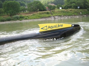 Die Strom-Boje im Wasser @ Aqua Libre