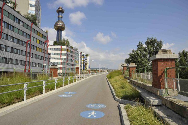 Radweg am Donaukanal in Richtung Fernwärme, Copyright: Kromus/PID