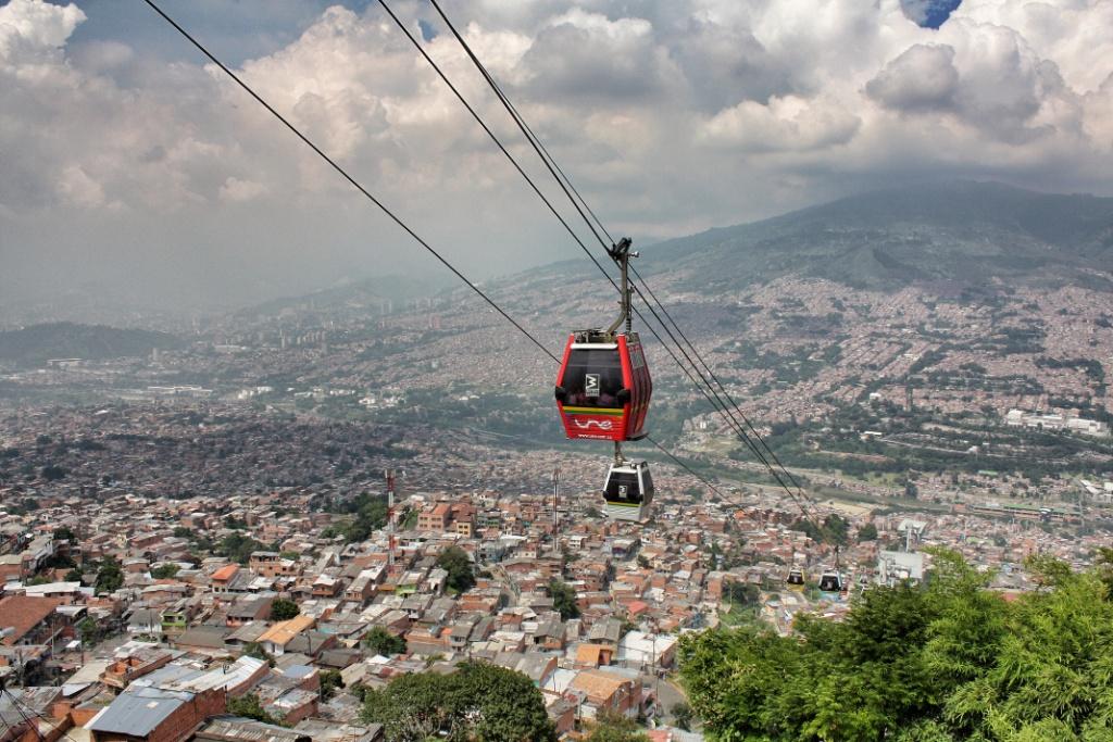 Metrocable de Medellín 2 © Jorge Gobbi / Flickr