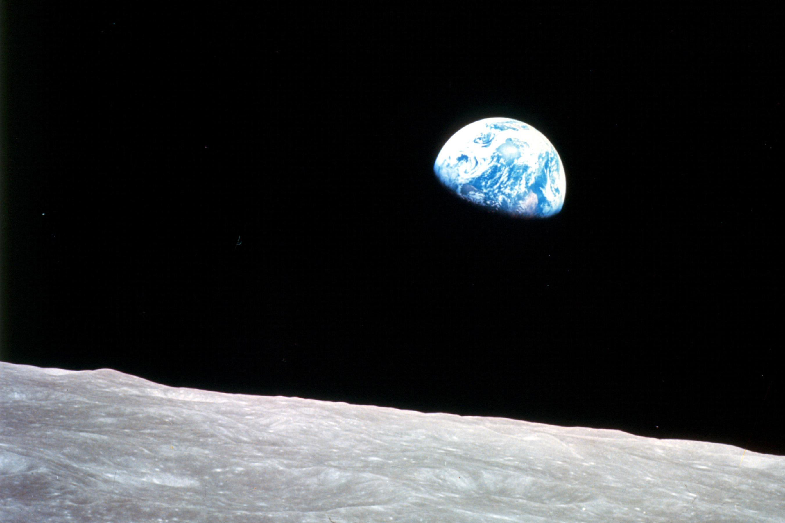 Earthrise © NASA