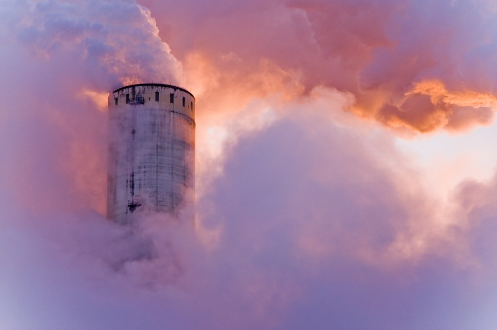 Cloudfactory II | © quakquak / Flickr
