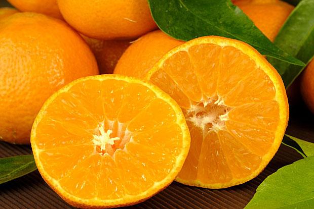 2. Vitamin C ist in Zitrusfrüchten enthalten