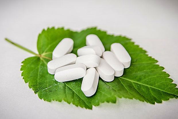 6. Zink in Form von Nahrungsergänzungsmitteln wirkt sich angeblich positiv auf Erkältungen aus
