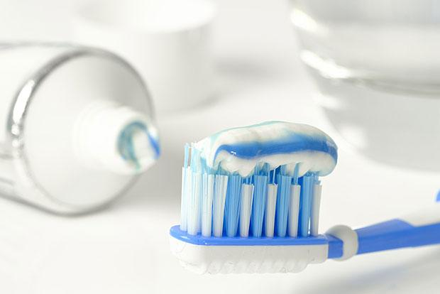 6. Zahnbürste aus Bambus statt aus Plastik