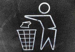 Plogging verbindet Joggen mit Müllsammeln., Fotocredit: Unsplash