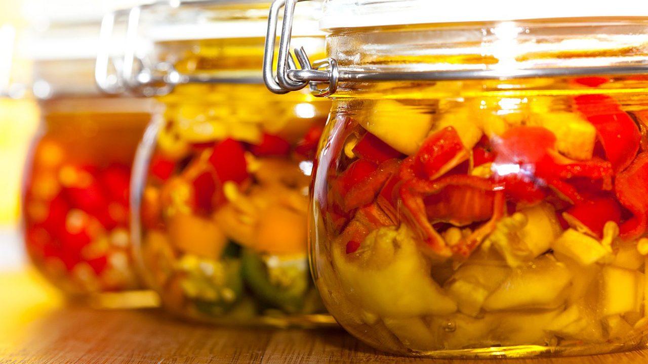 1. Einkochen: Rote Rüben, Erbsen und Karotten kochst du am besten ein - Fotocredit: Pixabay