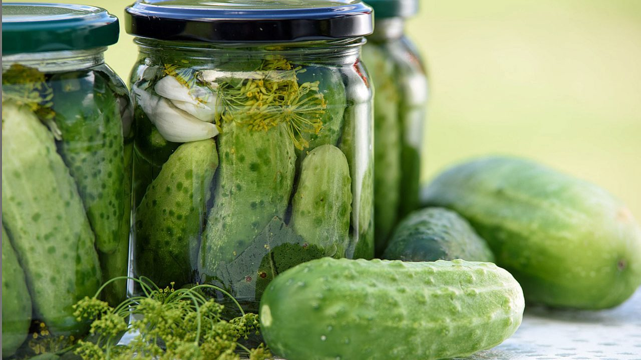 2. Milchsauer einlegen funktioniert am besten mit Kohl, Gurken, Bohnen und Paprika. - Fotocredit: Pixabay/PhotoMIX-Company