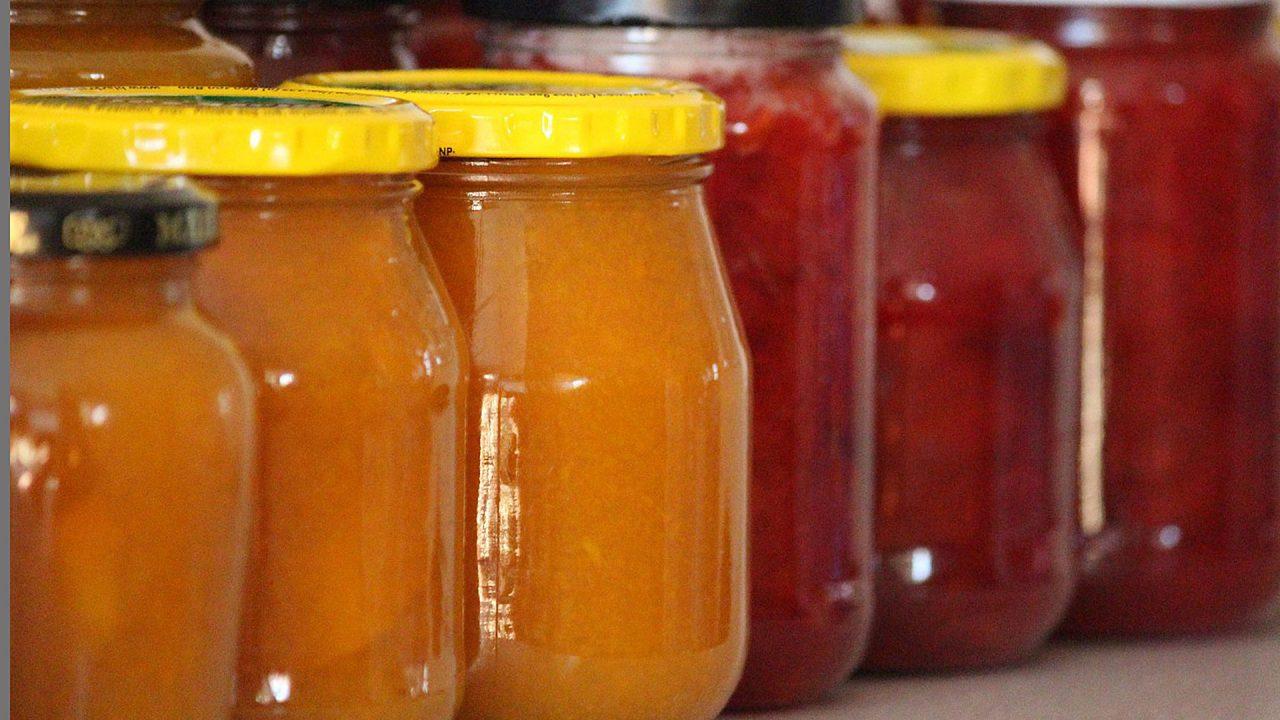 3. Obst und Beeren kochst du am besten zu Marmelade und Kompott ein. - Fotocredit: Pixabay/Counselling