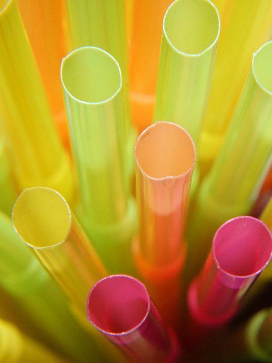 Plastikstrohhalme. Bildquelle: pixabay