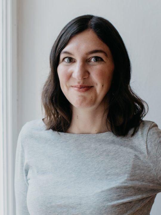 Sophie Wirth ist die Gründerin, Ideengeberin und Visionärin von Fitico Sportswear. Fotocredit: Saskia Stolzlechner