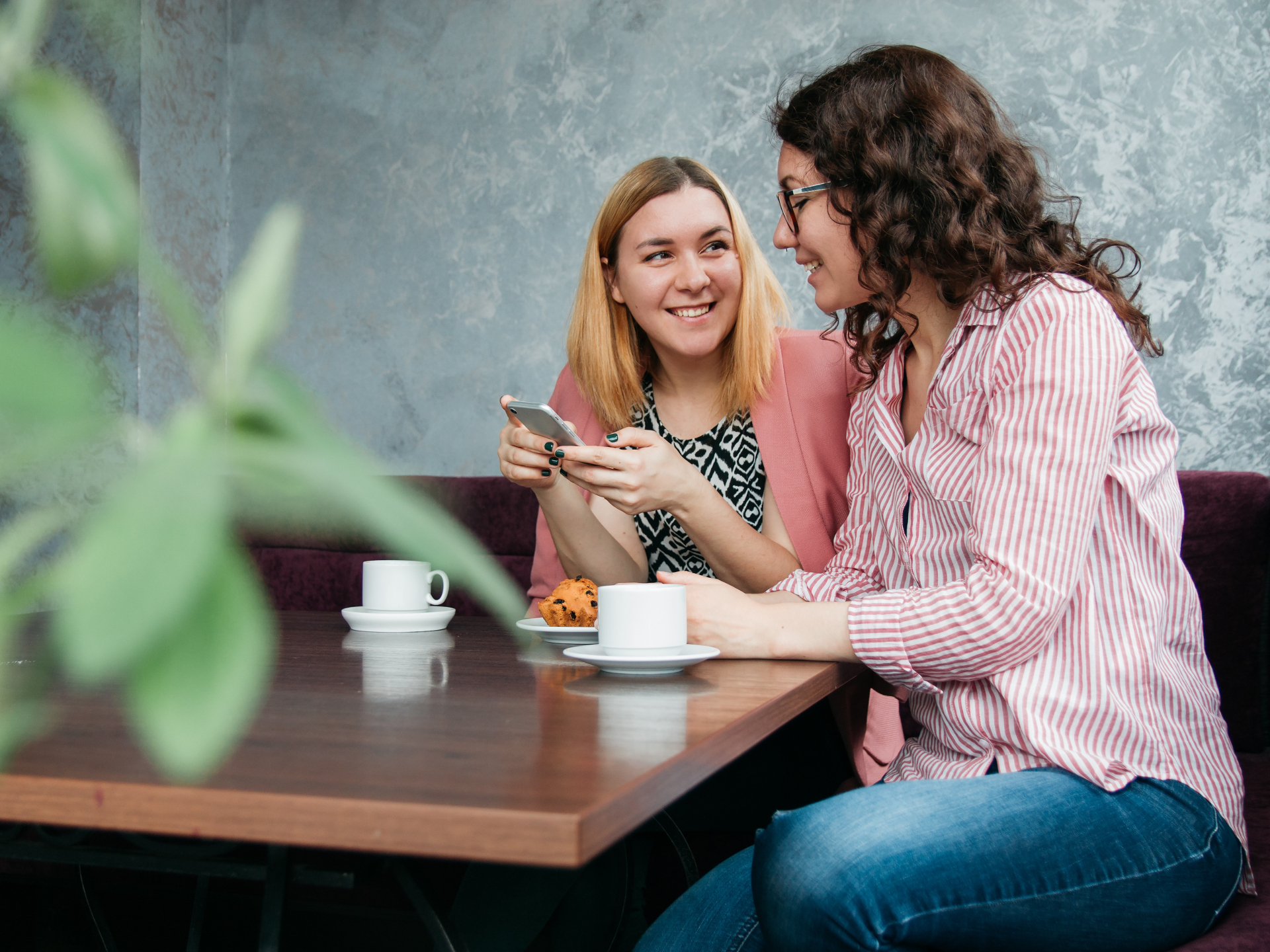 Direkter Austausch mit Gleichgesinnten bei Veranstaltungen oder ähnlichem kann viel Informationen zutage fördern. - Photocredit: pixabay.com/nastya_gepp