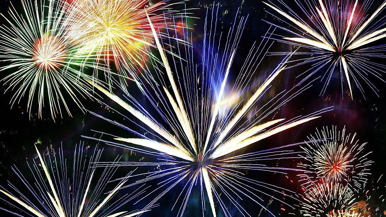 1. Feuerwerkskörper stellen eine große Verletzungsgefahr dar. Schwere Handverletzungen und schwere Verbrennungen sind häufig. - Fotocredit: Pixabay/geralt