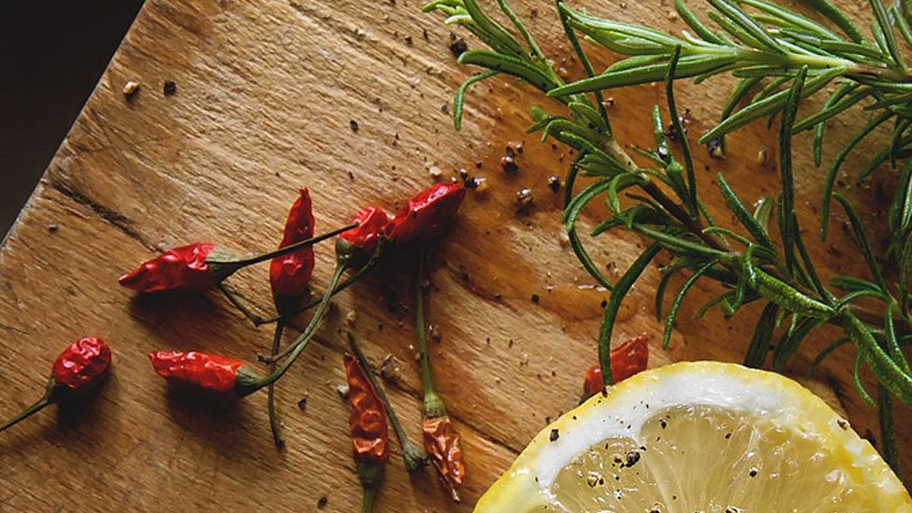 4. Der Klassiker: Chili wärmt herrlich! Am besten in einer Suppe. - Fotocredit: pixabay/moigram