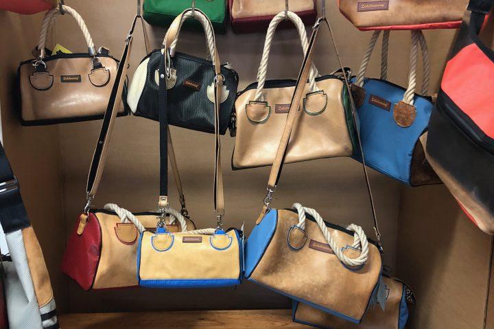 Bei allen Taschen von Zirkeltraining handelt es sich um Unikate. -Photocredit: Lisa Radda