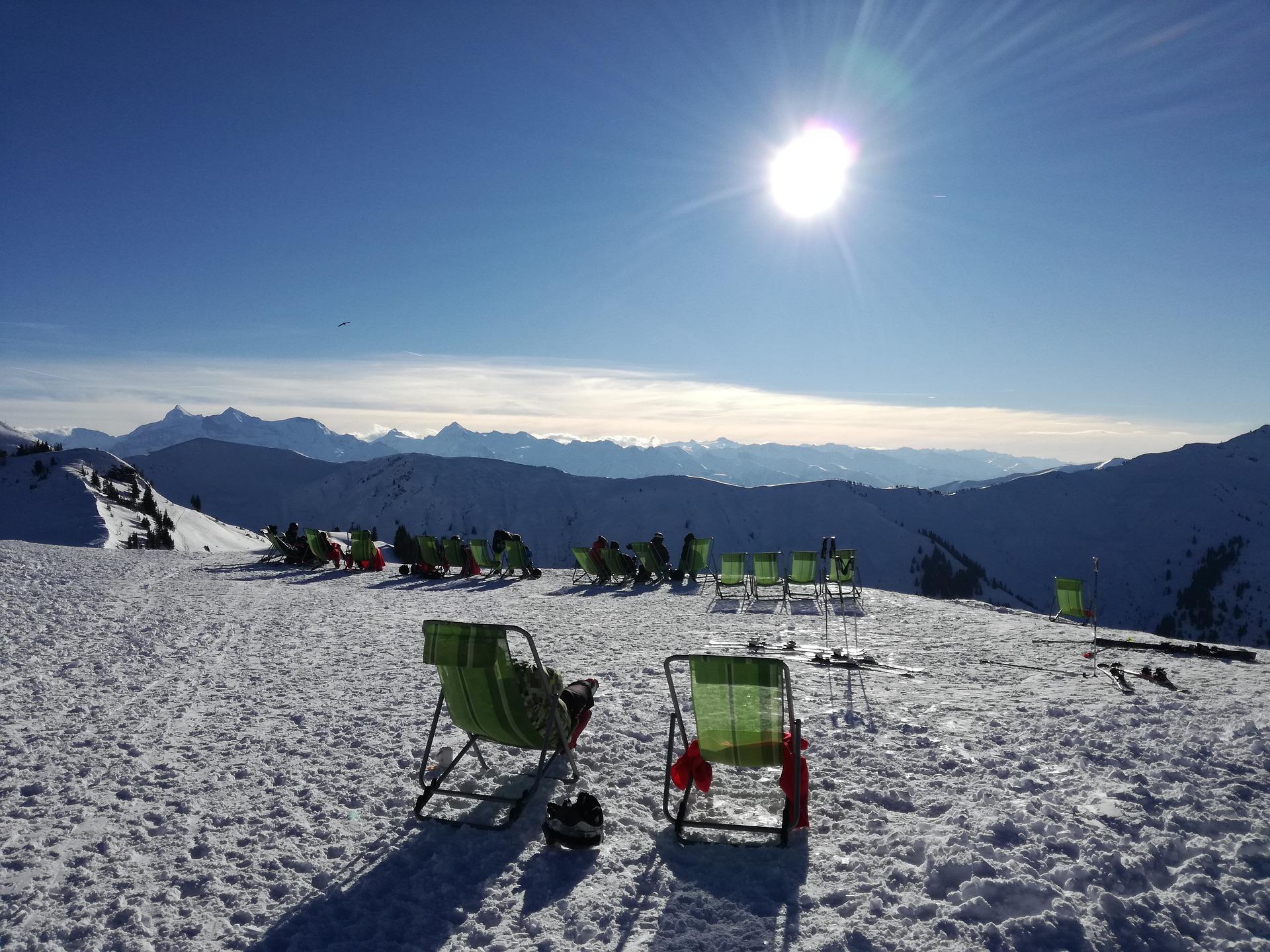 Sonnenbaden auf der Skihütte kann Wunder bewirken! - Photocredit: pixabay.com/sunyela