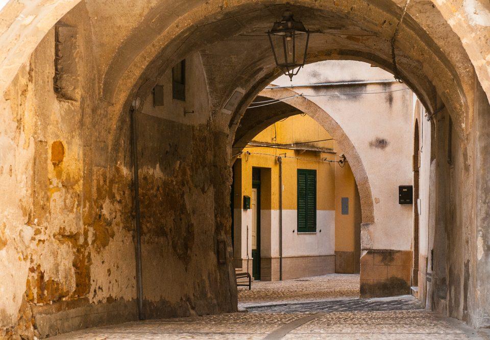 Da wohnen, wo andere Urlaub machen? In Sambuca steht Wohnraum für einen Euro zur Verfügung! / Foto: © Simone Padovani
