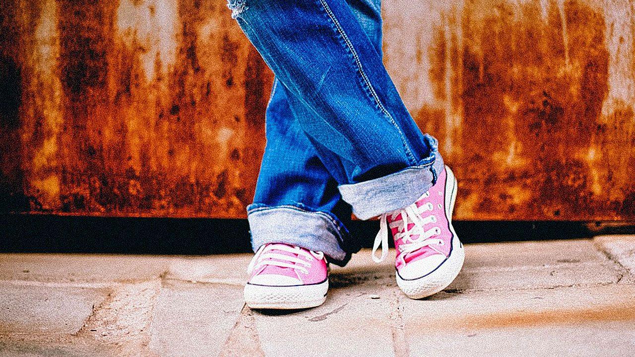 6. Gegen unangenehme Gerüche in Schränken und auch in Schuhen hilft Katzenstreu. - Fotocredit: Pixabay/PublicDomainArchive