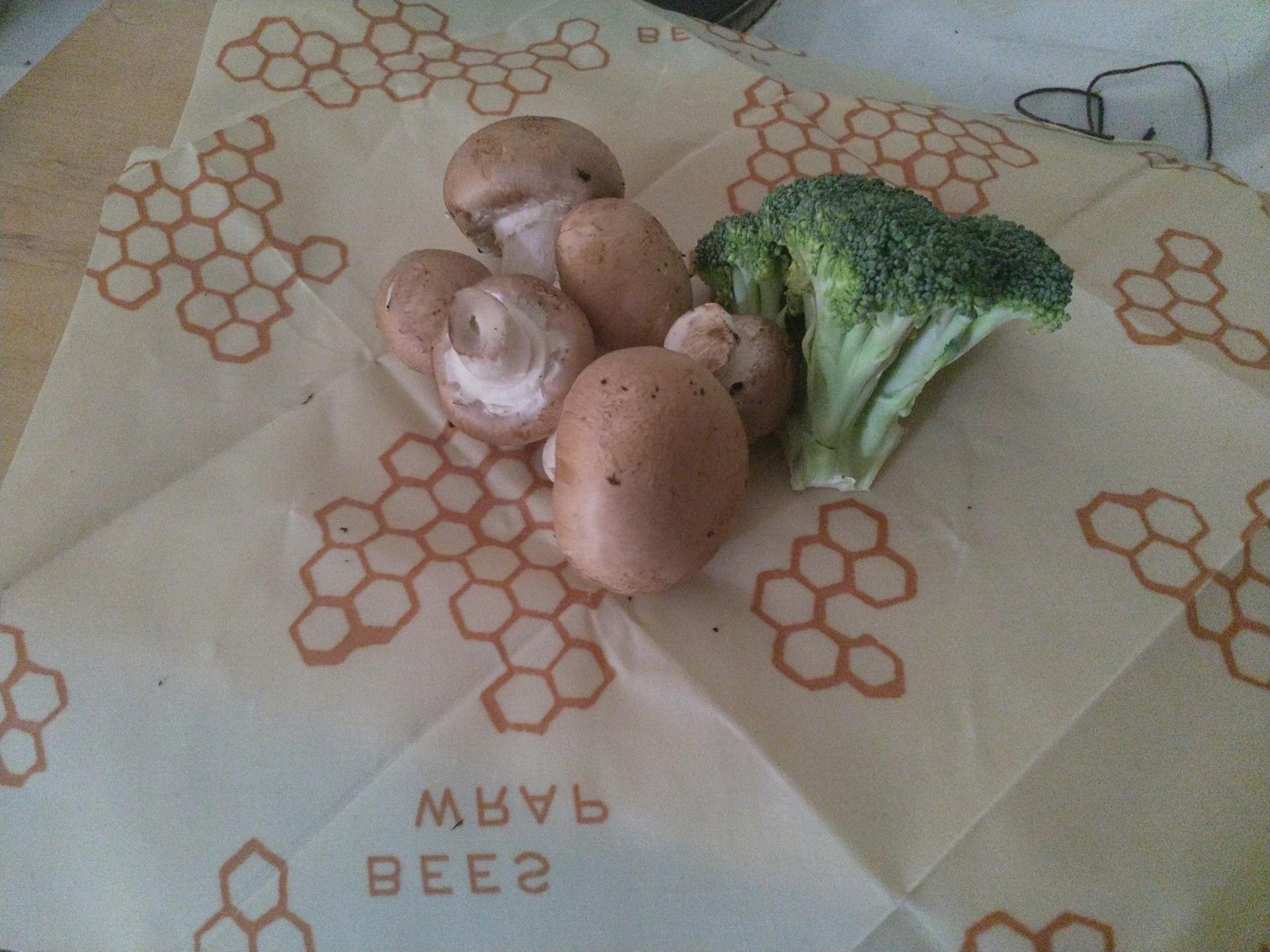 Bienenwachstücher können Gemüse länger frisch halten. - Photocredit: Elisabeth Demeter