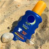 Es ist nicht nur im Sommer wichtig, die Haut vor UV-Strahlen zu schützen. Doch welche Alternativen zur herkömmlichen Sonnencreme gibt es?-Fotocredits: markusmarcinek