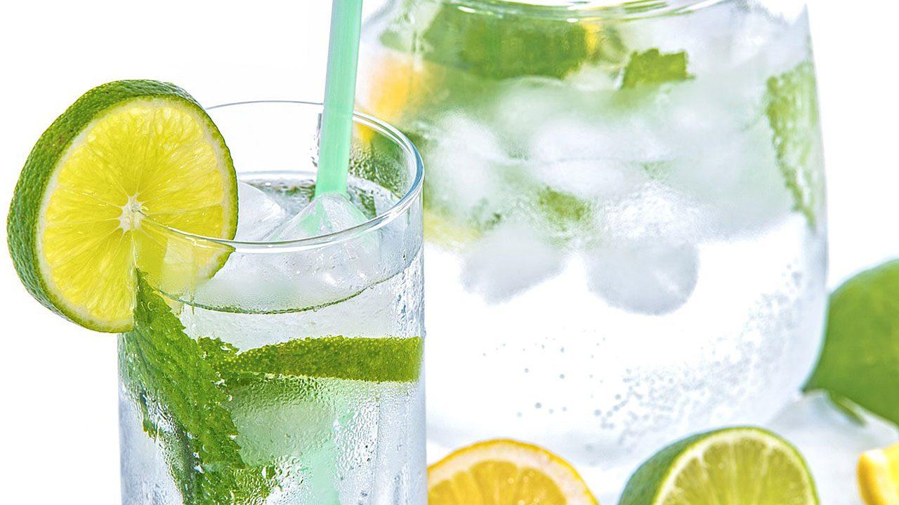 1. Viel trinken. - Fotocredit: Pixabay/PhotoMIX-Company