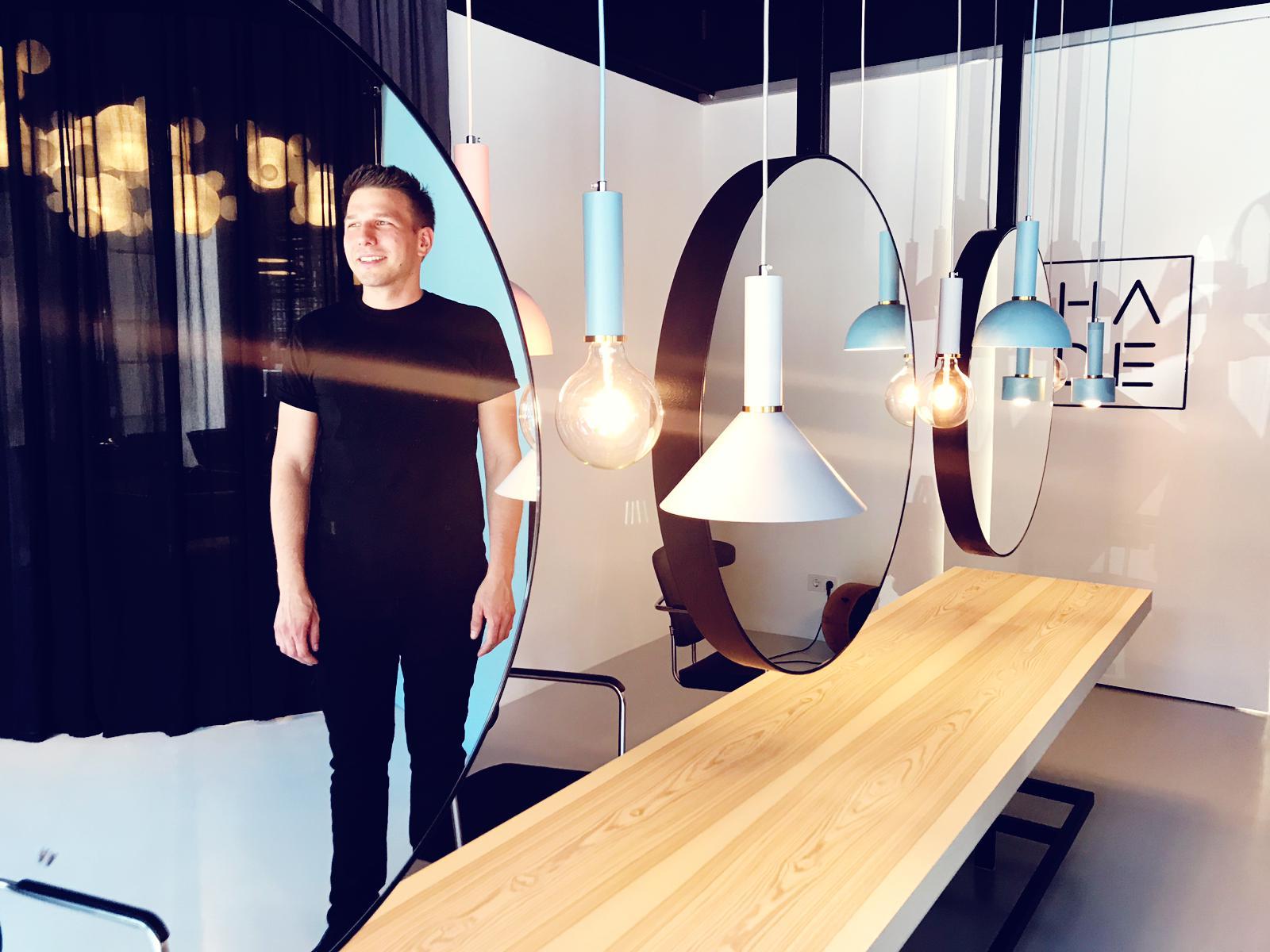 Dominik Haubenberger will mit seinem Salon ein nachhaltiges Konzept mit ein bisschen Glamour verbinden / Foto: © Markku Savolainen