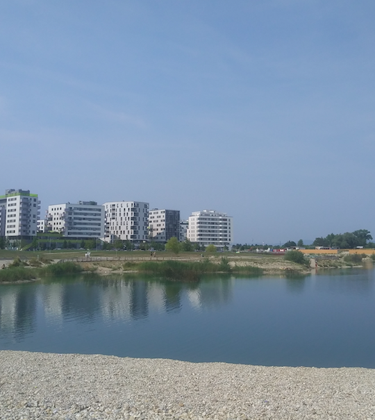 Wohnen mit Aussicht – warum die Seestadt in Aspern Seestadt heißt, wird auf diesem Bild deutlich