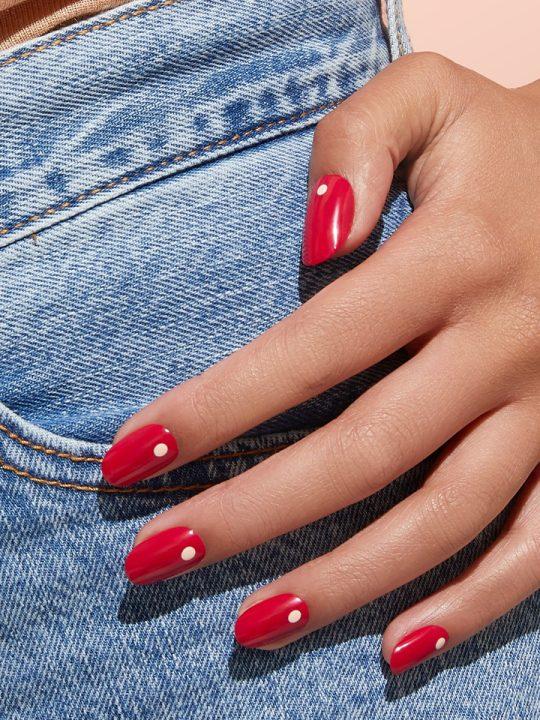 Manikürte Nägel gehören für viele von uns zum Schönheitsideal der heutigen Zeit dazu. -Fotocredits: Kester Black
