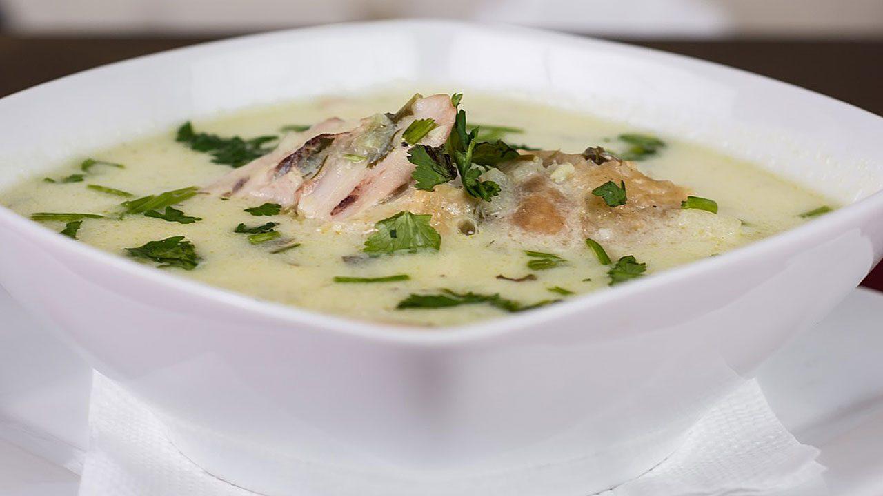 6. Zu guter Letzt ist eine Hühnersuppe aus einem ganzen Supenhuhn eine hervorragende Medizin gegen Erkältungen. - Fotocredit: Pixabay/Anestiev