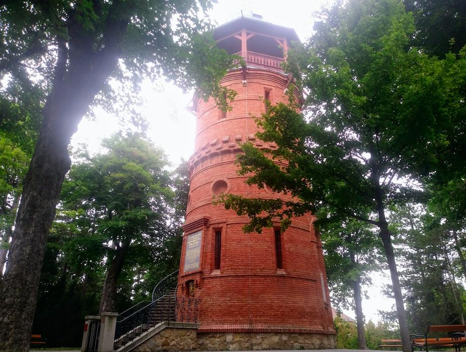 Seit einigen Jahren ist die Paulinenwarte saniert und zu bestimmten Zeiten wieder für Besucher zugänglich – davor durfte sie Jahrzehnte lang nicht betreten werden.