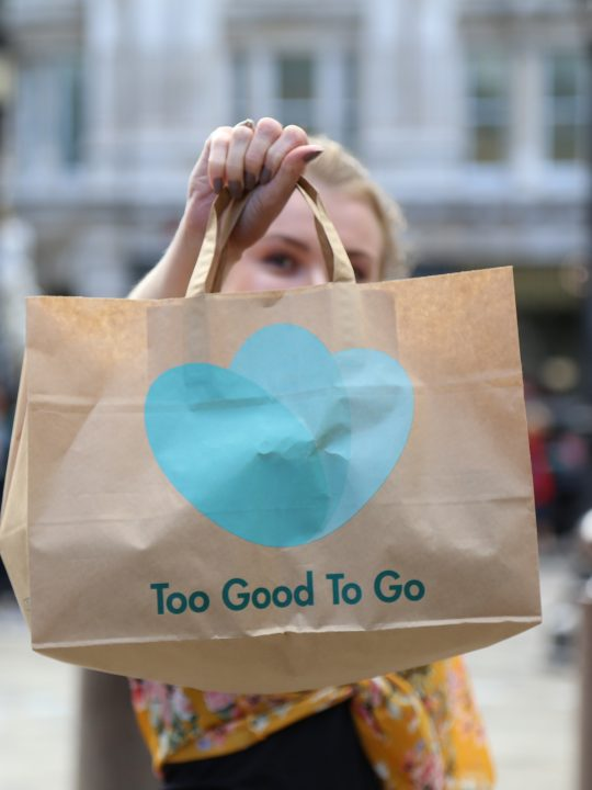 Lebensmittelrettung mit der app Too Good To Go / Fotocredit: Too Good To Go