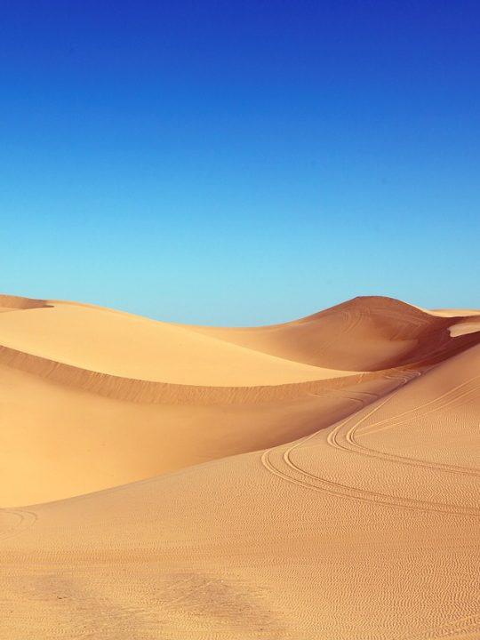Sand so weit das Auge reicht – doch als Bausand eignet sich Wüstensand nicht. Foto: © Falkenpost / Pixabay