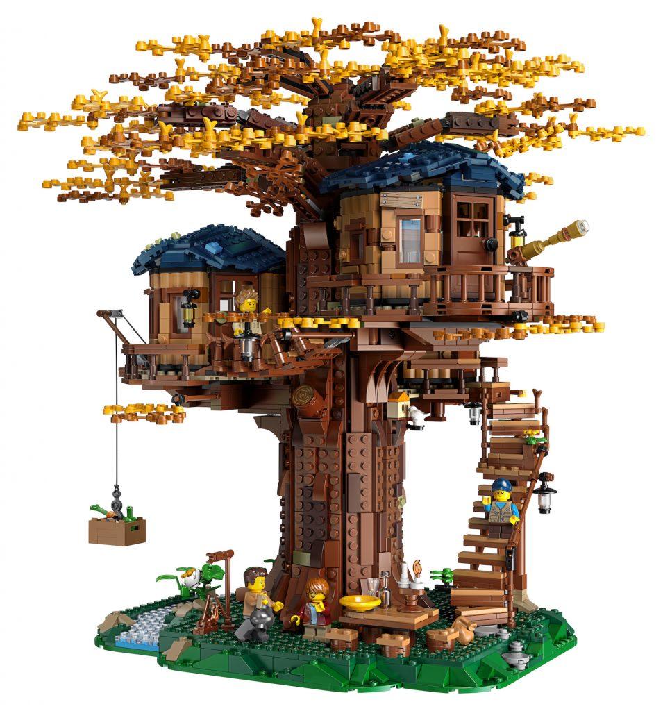 Das Blätterdach des Baumhauses kann sich vom sommerlichen grün in herbstliche Gelb-und -Brauntöne wandeln lassen. Fotocredit: LEGO Group