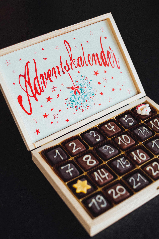 Ganz klassisch: Schokolade im Adventkalender. Aber es geht auch anders. -Fotocredits: Markus Spiske/Unsplash