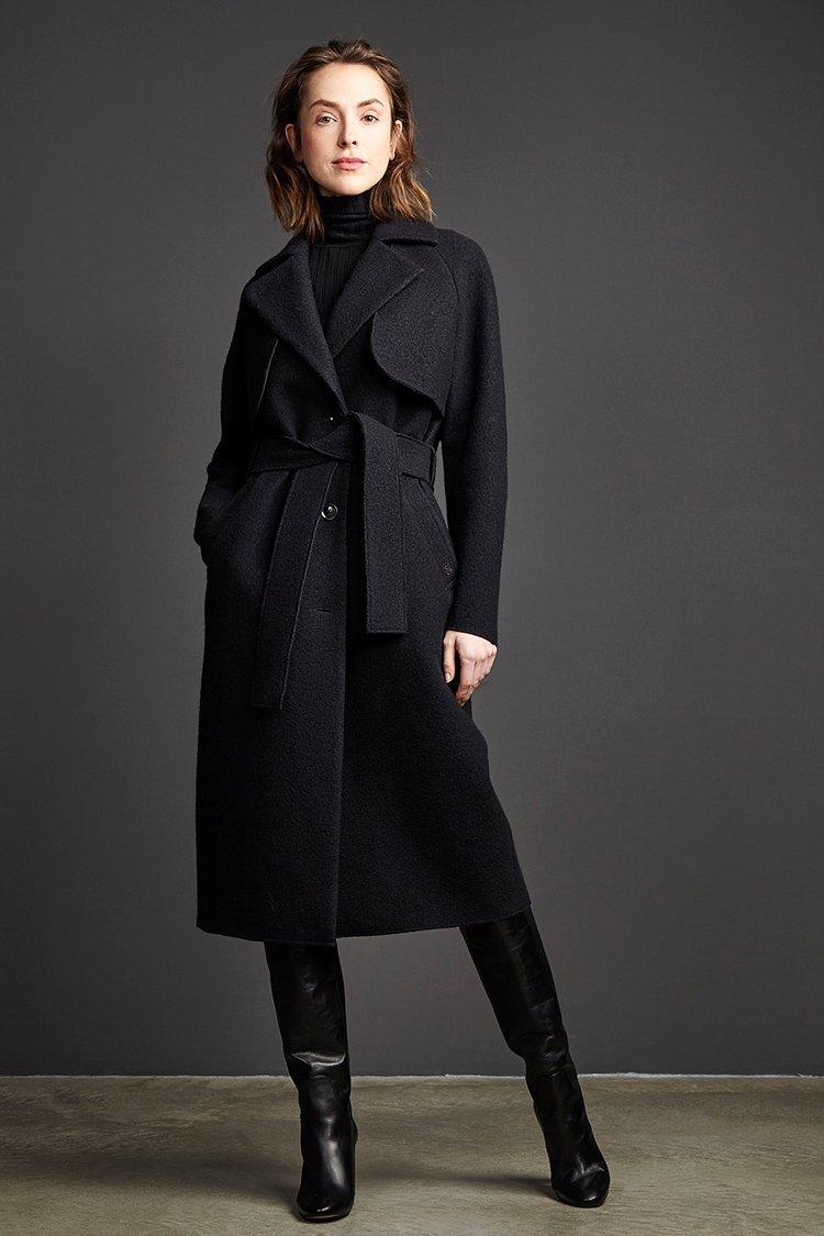 Superchic und trotzdem nachhaltig ist dieser Mantel von Langerchen. -Fotocredits: Langerchen