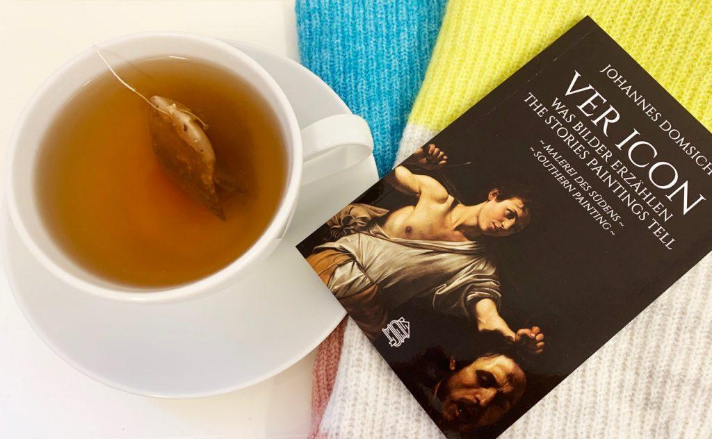 Wir alle verdienen, dass wir es uns gut gehen lassen - zum Beispiel mit einem Häferl Tee und guter Lektüre! Fotocredit: Energieleben Redaktion