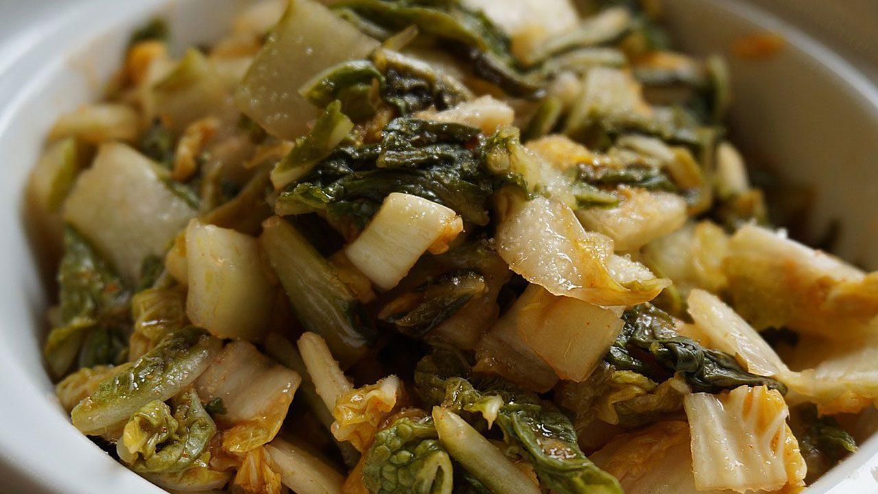 4. Stampfe das Gemüse mit einem Holzstampfer. - Fotocredit: Pixabay/bellessence0