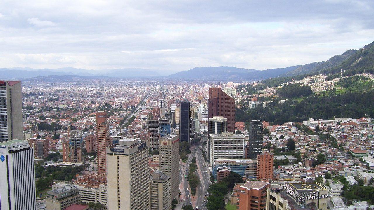 3. Bogota. Seit 30 Jahren wird hier sonntags nur geradelt. - Fotoredit: Pixabay/Julianza