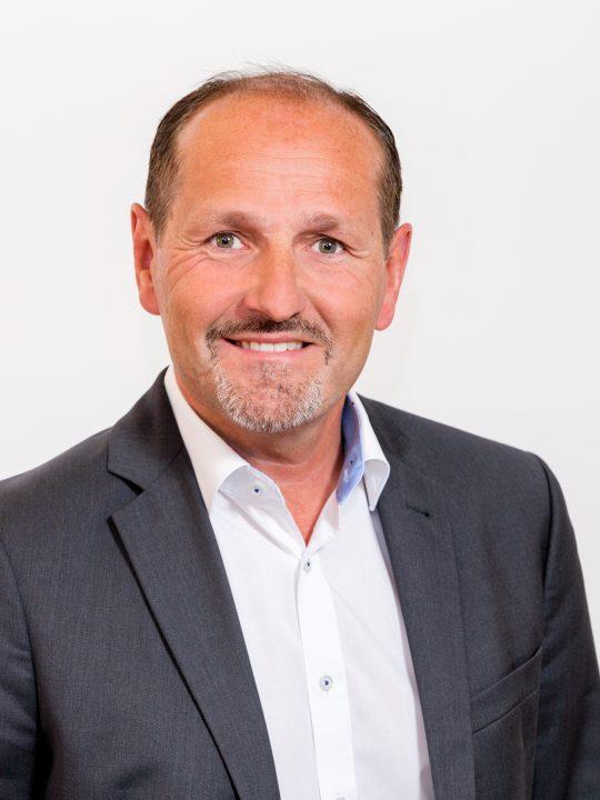 Martin Forster ist Geschäftsführer von Egger Getränke und brennt wie die Eigentümer des Familienbetriebs für nachhaltige Produktion. – Foto: © Egger Getränke