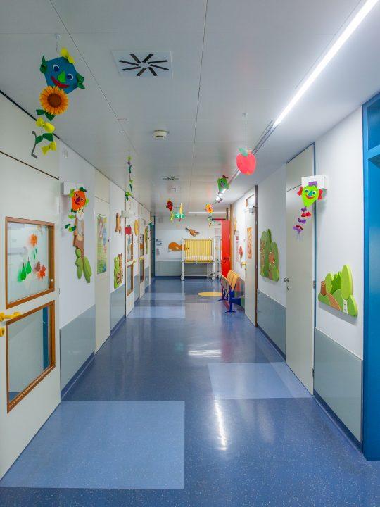Im St. Anna Kinderspital wurden aktuell 1.100 Leuchten ausgetauscht. Foto: © St. Anna / Markus Hechenberger