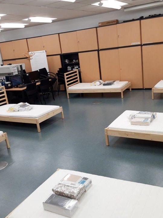 Innerhalb kürzester Zeit wurden aus Besprechungsräumen vollwertige Schlafsäle für die freiwillig isolierten Wien Energie Mitarbeiter, um die Energieversorgung in Wien zu sichern. Foto: © Wien Energie