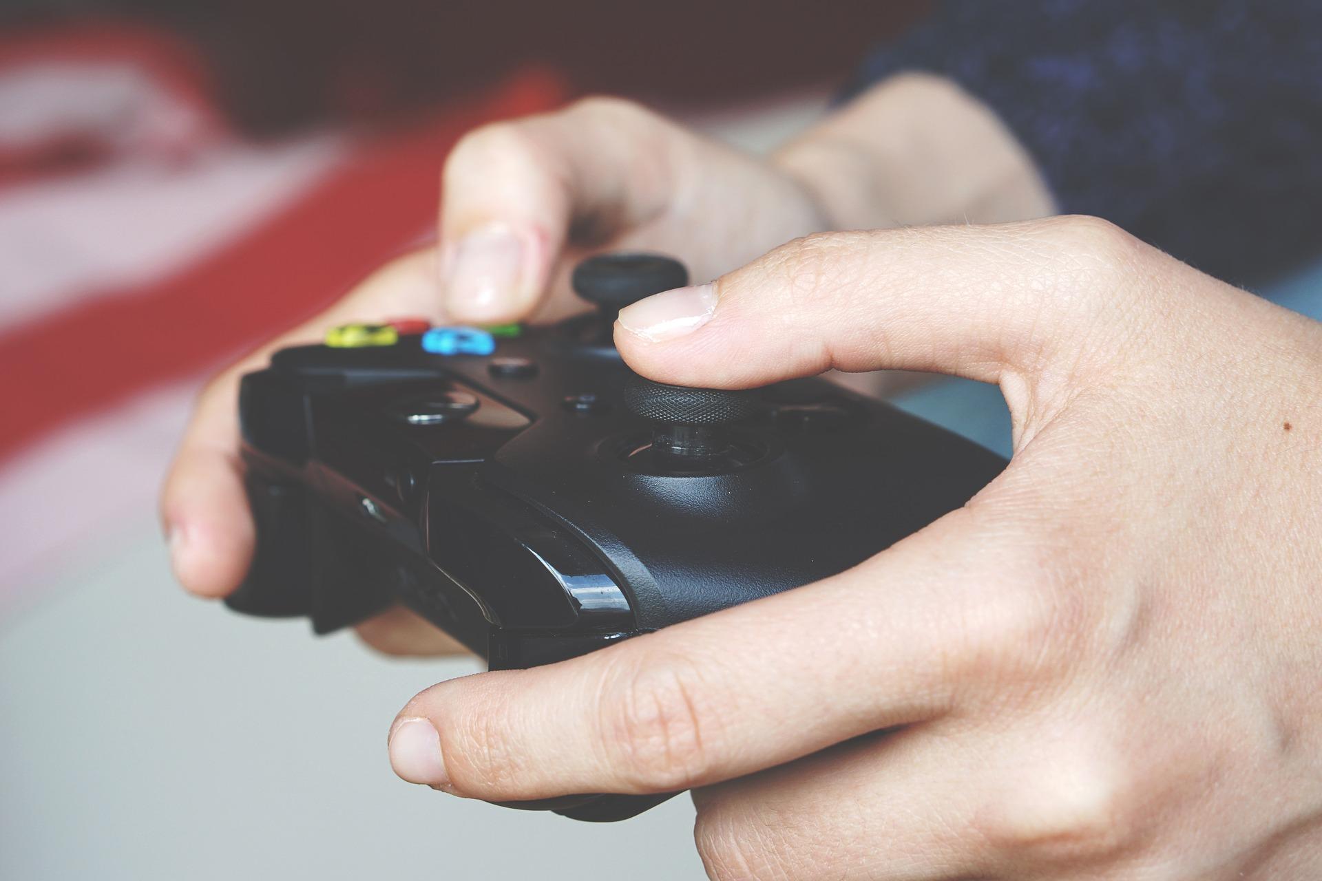 Der Energiebedarf bei Gaming Konsolen überrascht teilweise. Foto: © Anton Porsche / Pixabay