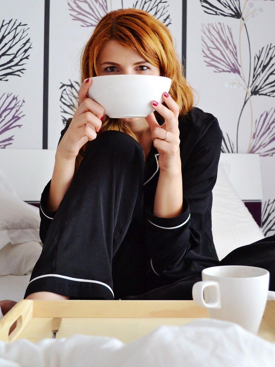 Dir selbst Gutes tun! Aber ja doch – mit unserem Me-Time-Guide wird die kommende Zeit zu Hause zum Genuss. Fotocredit: © DanaTentis / Pixabay