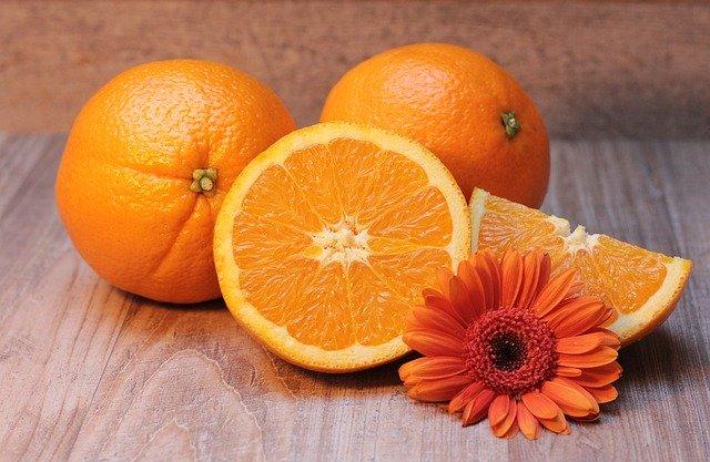 Das ätherische Öl der Orange hilft, die Stimmung in eurer WG wieder aufzuhellen. Fotocredit: © S. Hermann & F. Richter / Pixabay