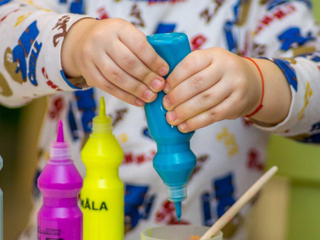 Beschäftigungsideen für Kinder, Fotocredit: Unsplash.com/Dragos Gontariu