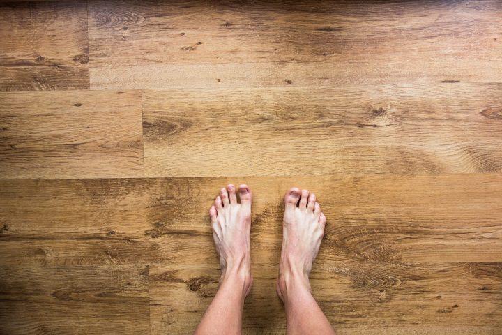 """In welche Schuhe will ich meine Füße stecken? Die Antwort auf diese Frage lautet immer öfter: """"In nachhaltig produzierte."""" – Fotocredit: © StockSnap / Pixabay"""