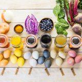 Für hübsche Ostereier braucht man keine künstlichen Färbemittel - hier kommt alles aus der Natur!, Fotocredit: Shutterstock
