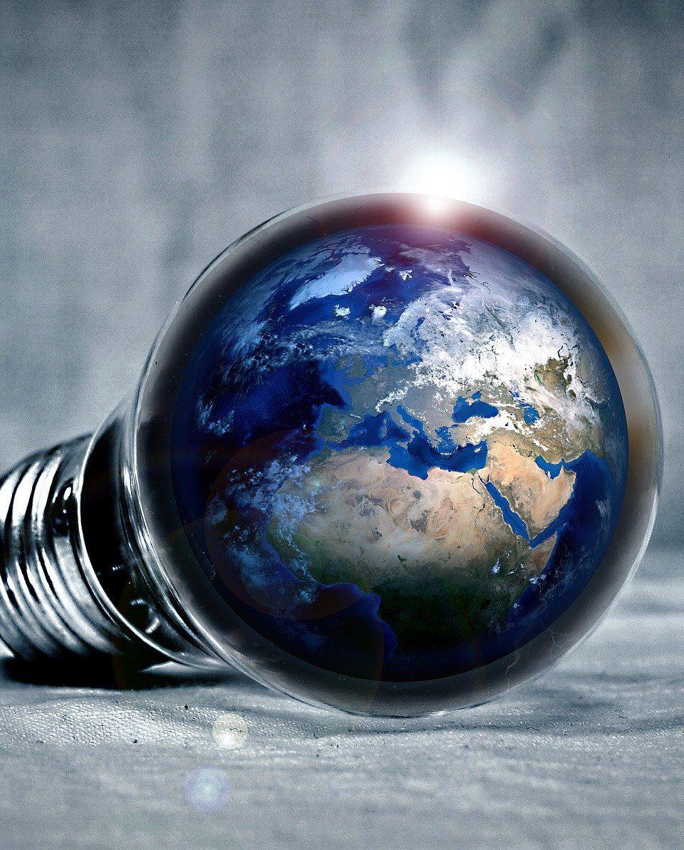 Erneuerbare Energie aus der Luft gewinnen? Erste Experimente versprechen Großes. Fotocredit: © PIRO4D / Pixabay