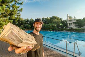 Die T-Shirts aus Holzfasern sparen Unmengen an Wasser - Fotocredit: Wijld