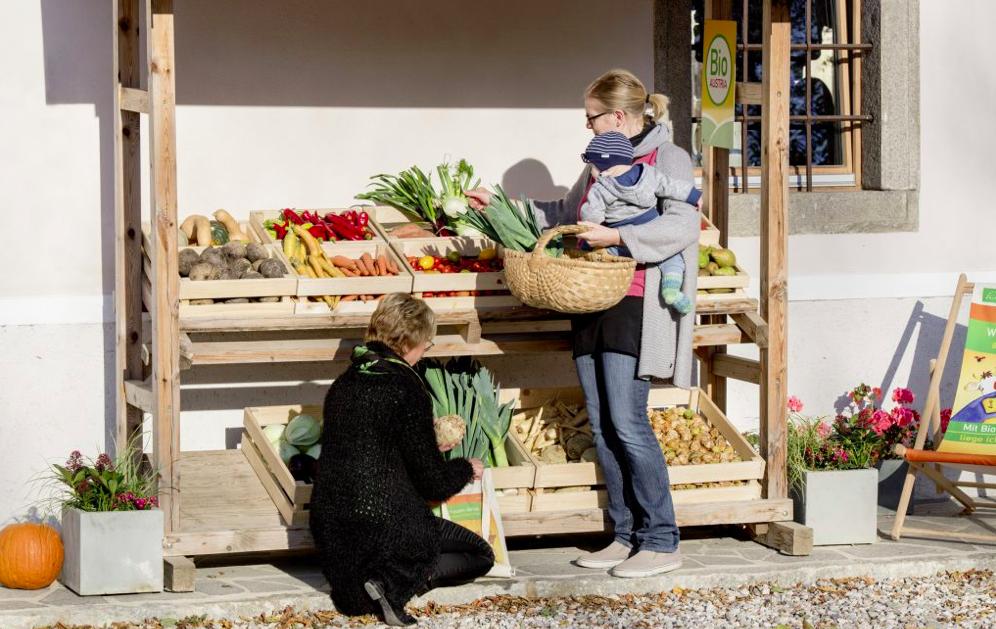 Marktverkäufer müssen immer einen Nachweis über die Bio-Zertifizierung bei sich haben. Fotocredit: © BIO AUSTRIA/Sonja Fuchs