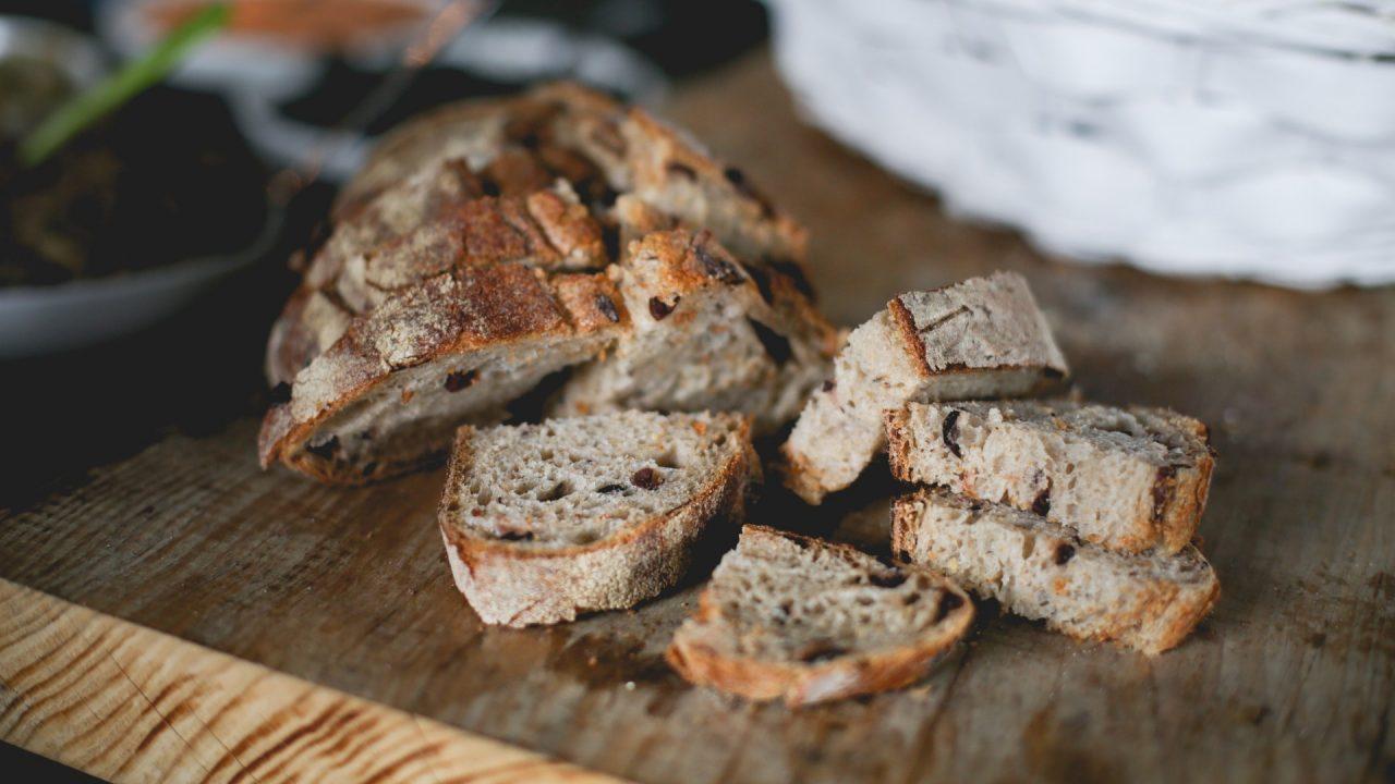 Altes Brot aber auch gekochte Nudeln,Reis oder Kartoffeln lassen sich gut kompostieren. Bild: Pexels